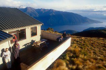 Fiordland-scenic-flight-hero