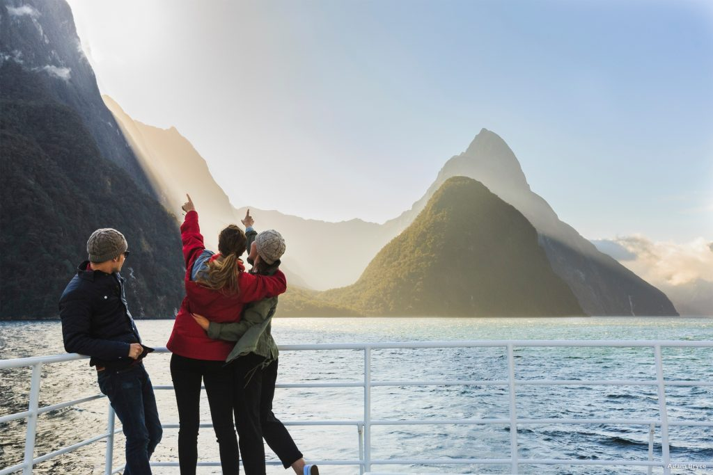 Milford Sounds Cruise Boat Tour New Zealand